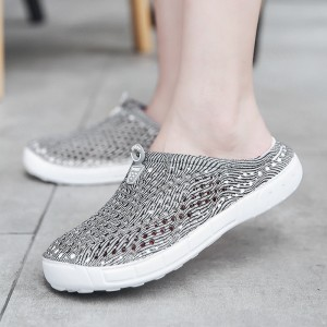 2019 Casual Clogs For Women Breathable Valentine Slippers Cool Summer Flip Flops Anti Slip Clogs For Ladies