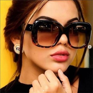 2019 Latest Designer Sunglasses For Women Luxury Square Shaped Big Sunglasses Clear Frame Eyewear