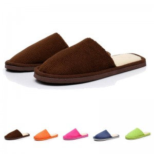 Hot Selling Indoor Slippers Solid Coral Velvet Cotton Warm Slippers For Women Thumbnail
