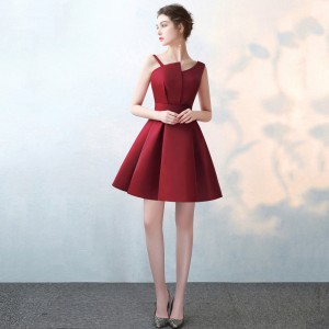 Scalloped Cheap Red Satin A Line Prom Dresses 2019 Elegant Evening Party Dress Plus Size Special Occasion Gowns