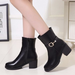 Autumn and winter new womens shoes thick with solid color round head knight boots with side zipper waterproof platform