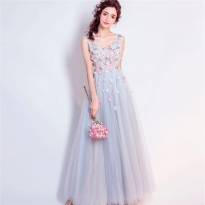 Hot V Neck Sleeveless Evening Gowns Beading Flower Pattern Appliques Special Elegant Prom Dress Lace Up Dress