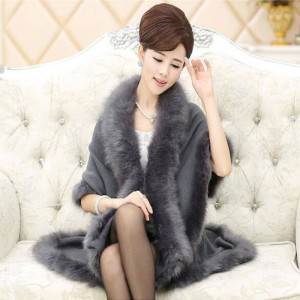 New Winter Capes And Ponchos Fox Fur Collar Cashmere Sweaters For Women Thumbnail