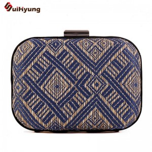 New Women Clutch Simple Retro Hand Woven Geometric Pattern Evening Bags Party Dinner Handbags Clutches Thumbnail