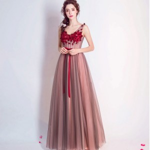 Popular Sleeveless O Neck Evening Gowns Bow Sashes Flower Patter Appliques Specila Elegant Evening Wedding Dress