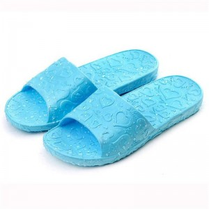 Splendid Summer Style New Design Love Print Flat Bath Slippers For Women Thumbnail