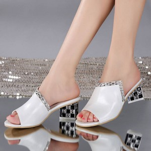 Summer Genuine Leather Shallow Mouth Rhinestone Thick Heel Sandals For Women Thumbnail