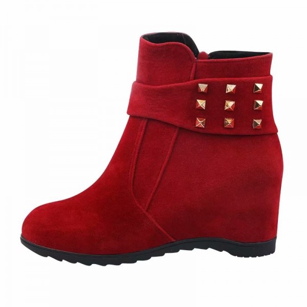 2019 autumn and winter womens boots European American wind fashion suede Martin boots increased flats