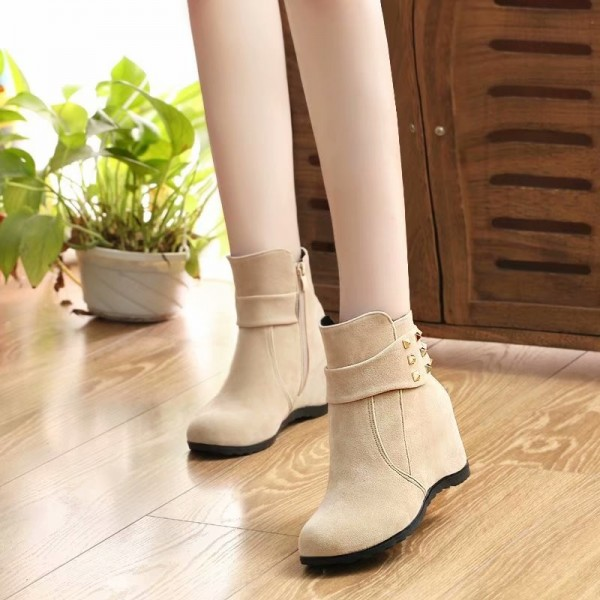 2019 autumn and winter womens boots European American wind fashion suede Martin boots increased flats Extra Image 4