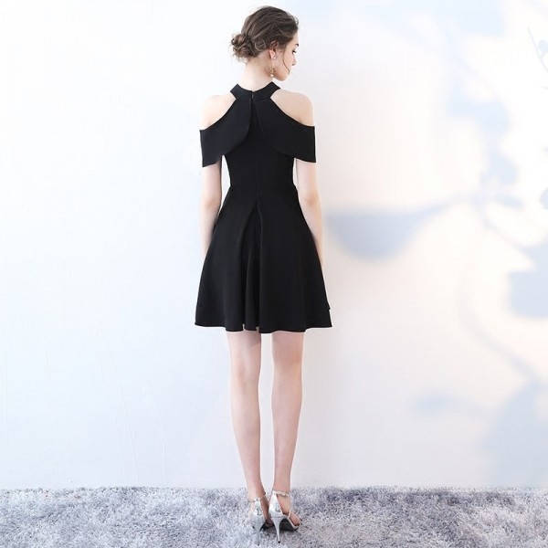 Black New Sleeveless Halter Graduation Frock Simple Satin Knee Length Zipper Quality Sexy Short Graduation Dress Extra Image 3