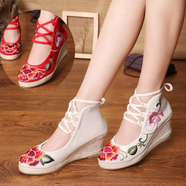 Embroidery Soft Sole Sandals For Women Chinese Style New Fashion Casual Shoes For Females
