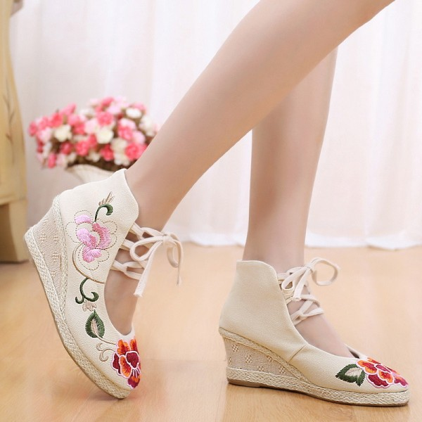 Embroidery Soft Sole Sandals For Women Chinese Style New Fashion Casual Shoes For Females Extra Image 2