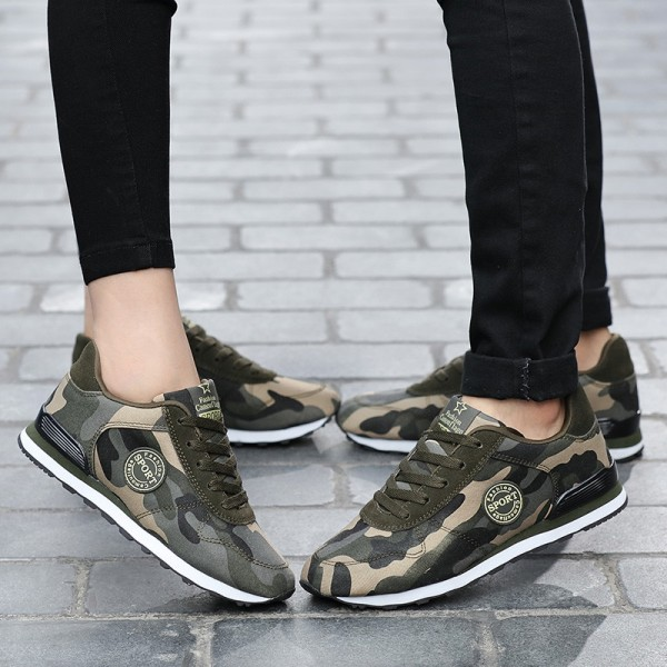 Fashion Lovers Unisex Canvas Shoes Camouflage Military Men Casual Shoes Autumn Breathable Camo Flats Men Femme