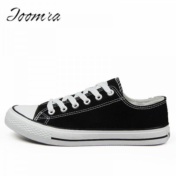 Hot Sale Trending Lovers Canvas Shoes Print Casual Shoes Gift Solid color Canvas Shoes Men Boys Flat Casual shoes Extra Image 1