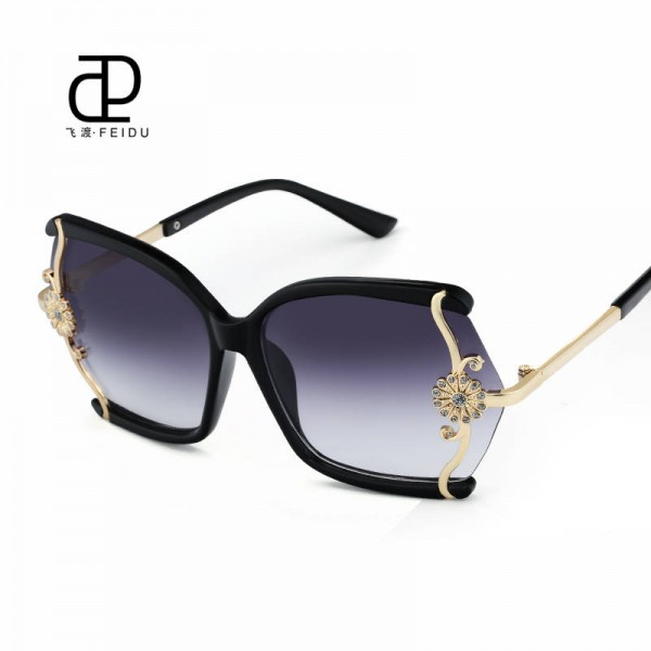 Luxury High Quality Butterfly Designer Sunglasses For Women With Original Box Leopard Alloy Frame Shades Extra Image 0