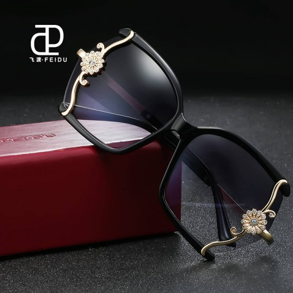 Luxury High Quality Butterfly Designer Sunglasses For Women With Original Box Leopard Alloy Frame Shades Extra Image 4