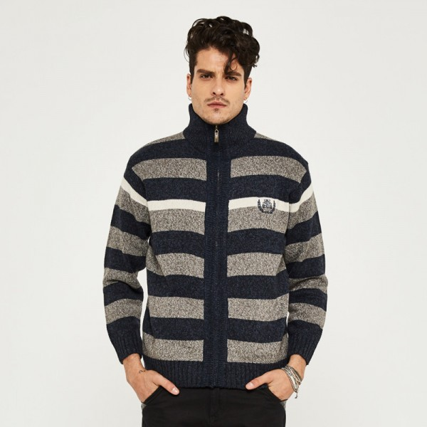 Men Warm Sweat Autumn Zipper Cardigan Striped Men Stand Collar Fashion Style Plus Size M 3XL High Quality Sweaters