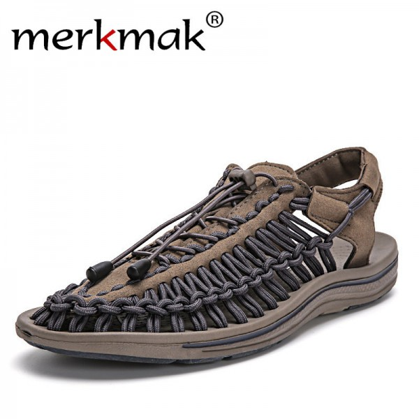 f1fe4020510 Buy New 2018 Summer Men Sandals Fashion Handmade Weaving Design Breathable  Casual Beach Shoes Unique Brand Sandals