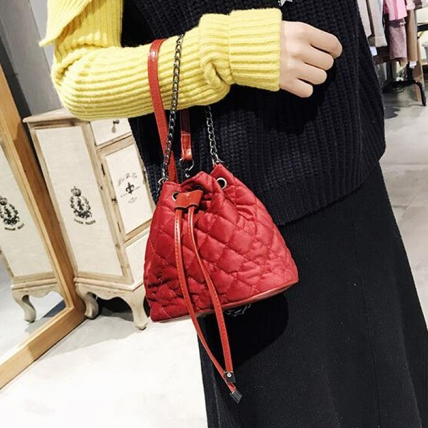 Vogue Star 2018 Collection Of Designer Fashion Chain Shoulder Bags Women Mini Handbags Bucket Tote Female Bag Extra Image 3